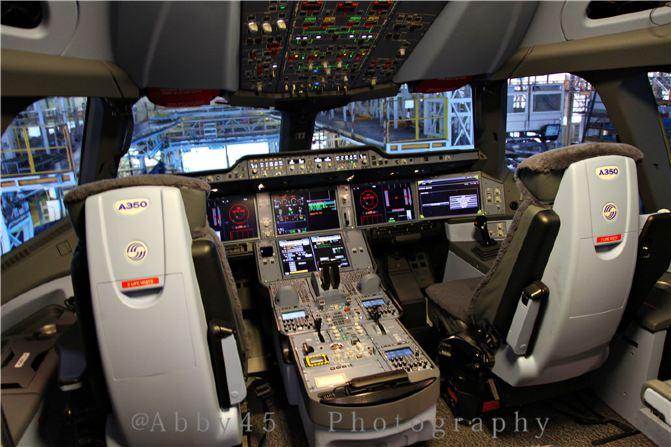 飞机驾驶室 视角