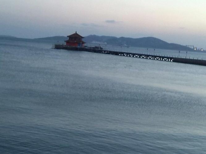 夕阳西下,青岛栈桥