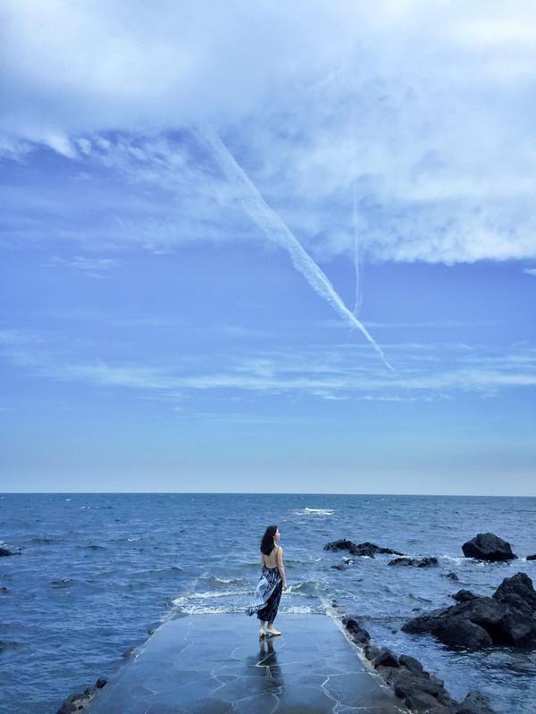 海滩照相姿势大全简单
