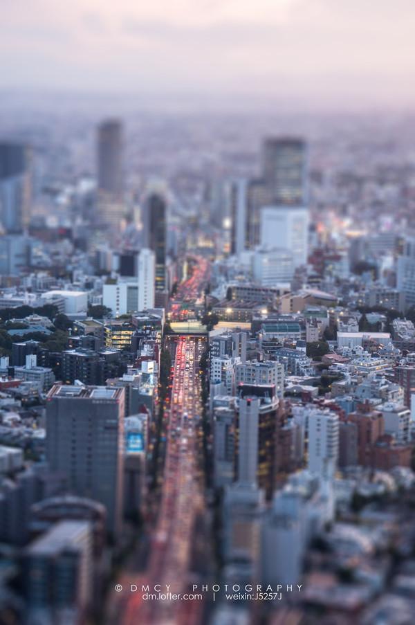 夜幕下的东京铁塔
