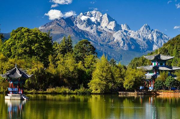 丽江古城:人文情怀与自然景观完美融合的人间天堂