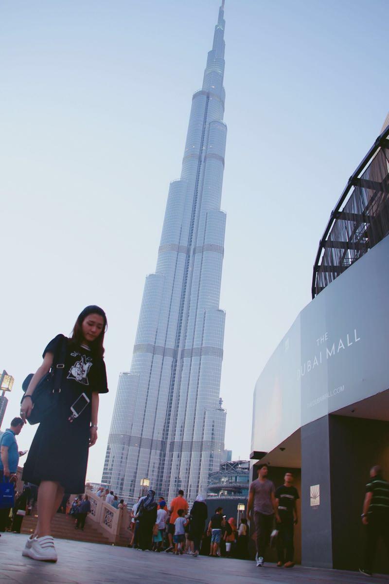 毕竟这可是全世界最高的楼!