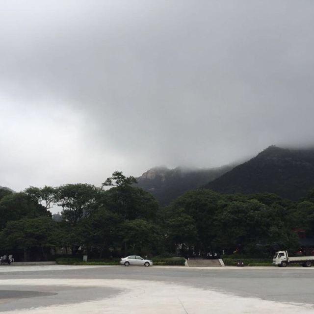 青岛崂山海边风景图片