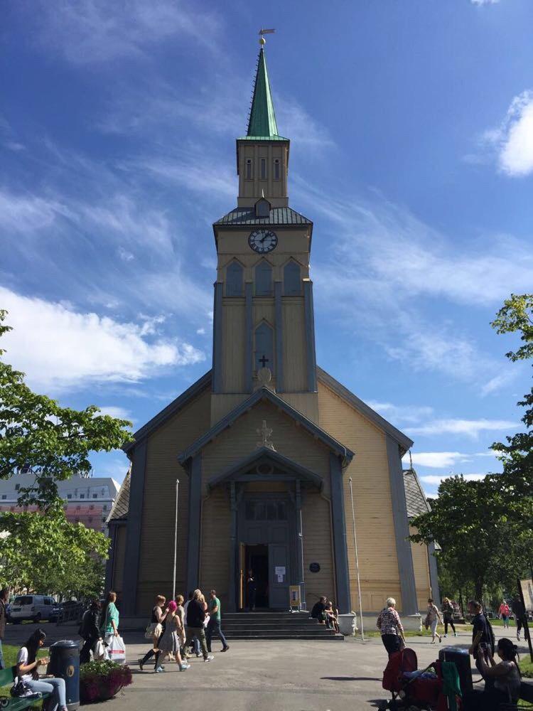 特罗姆瑟路德教堂  Tromsø Domkirka   -2
