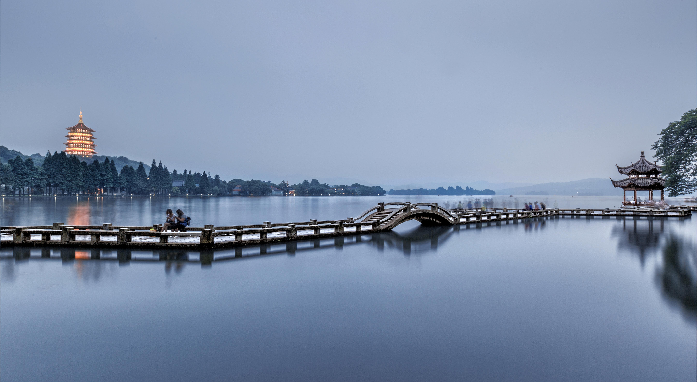 西湖    -0
