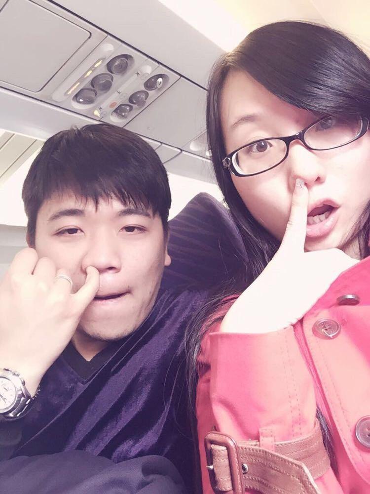 杭州萧山国际机场 十二点出发的飞机交通管制晚点了