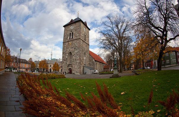 特罗姆瑟路德教堂  Tromsø Domkirka   -0