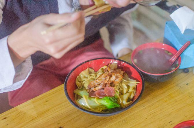 【鱼爷叹神情】汕尾美食之夜市小吃篇-汕尾游的美食表示美食图片