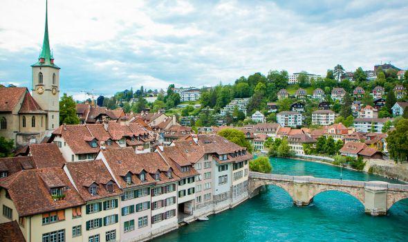 瑞士fm711后级电路图