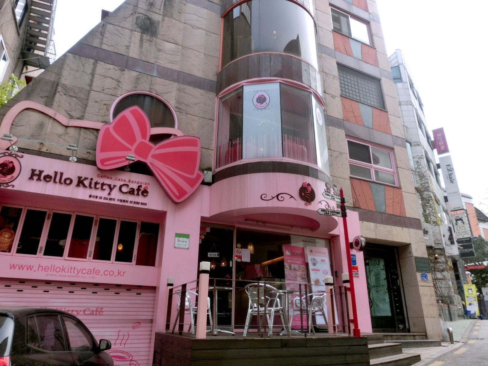 hello kitty cafe 弘大店