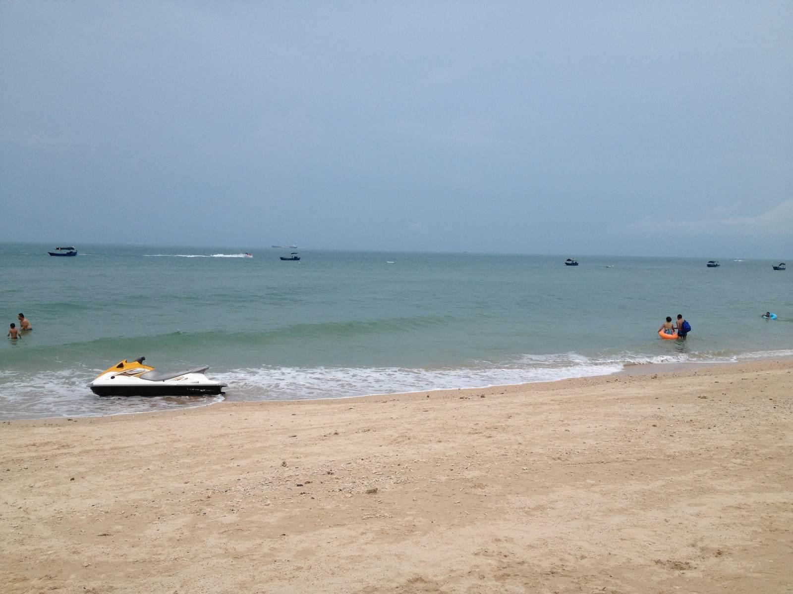 石螺口海滩 吃完午饭就坐船回北海,回去比较松,没要妹妹补票,省一笔.