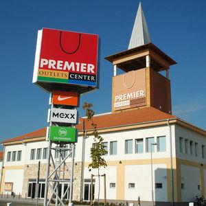 premier outlets center budapest