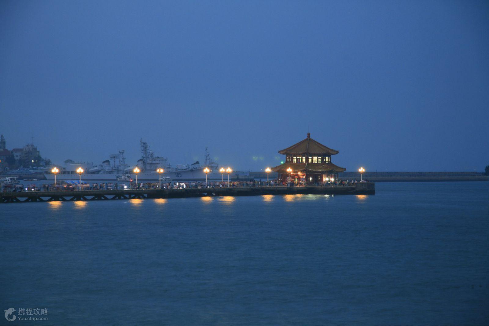 赠送价值160元景区门票:青岛啤酒厂,海上云台山;免费畅饮当地青岛