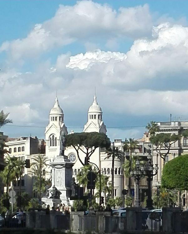 圆形建筑古典俯视