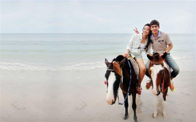 骑马 作为一个国际化度假胜地,华欣有很多高尔夫球场供高端人士休闲