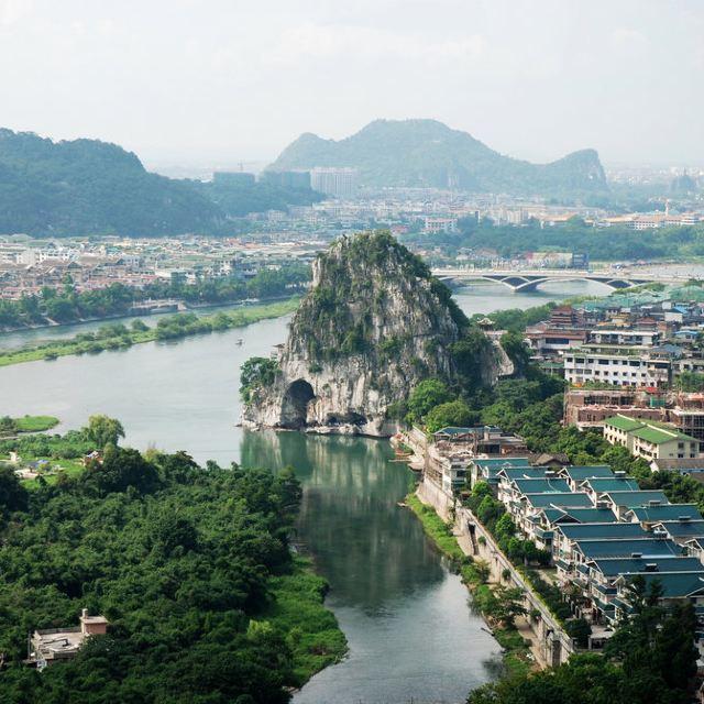 象山景区 象鼻山是桂林的标志,标志就是到跟前了觉得不来会有点那