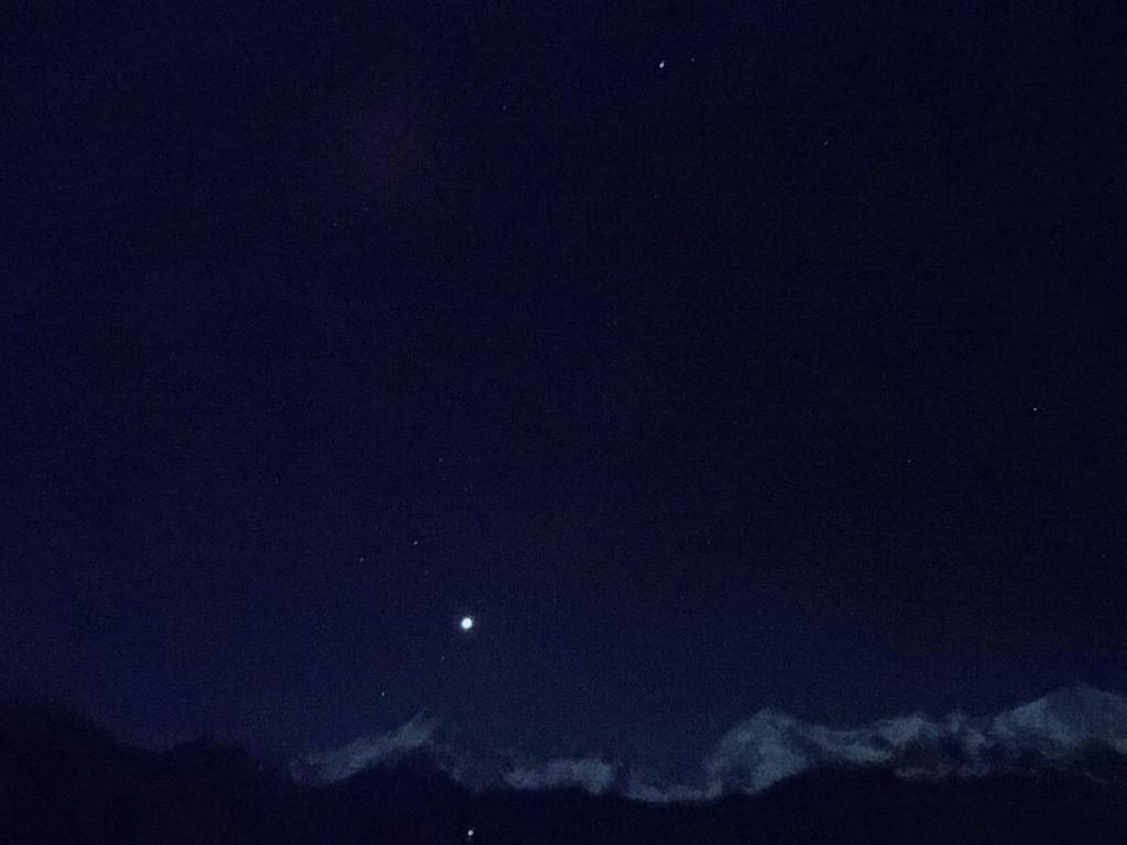 水傍晚天空画法步骤