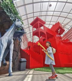 承德游记图文-在帝都旁边8000匹马的小镇,骑着50万的马,是什么感受