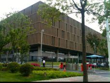 浦东第一图书馆-上海-红妆人Nefelibata