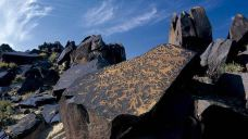 曼德拉山岩画-阿拉善-麻利贝贝哄