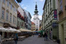 圣迈克尔塔街-布拉迪斯拉发-迷路人忆