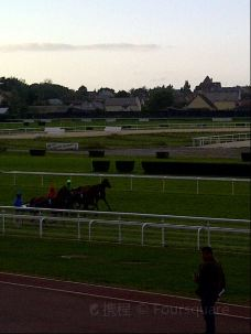 Hippodrome de Clairefontaine-多维尔