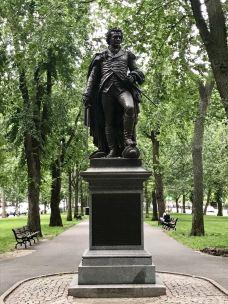 哈佛广场-波士顿-东张西望望东西