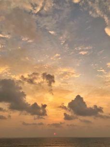 乌纳瓦吐纳海滩-加勒-07****731