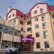 青島拉斐爾精品酒店