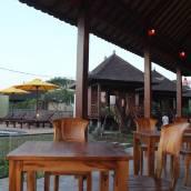 巴厘島新烏拉普別墅度假酒店