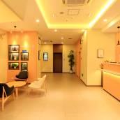 漢庭酒店(昆明火車站店)