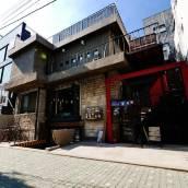 首爾TwoTwo旅館
