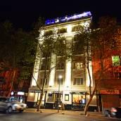 精品桑莫里爾酒店