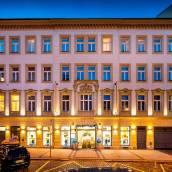豪華布拉格酒店