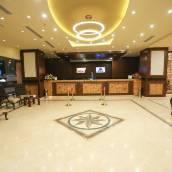 赫瑞澤尚瑞扎德酒店