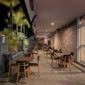 丘洛拉棕櫚汽車旅館