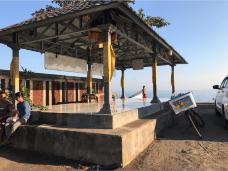 罗威纳海滩-巴厘岛