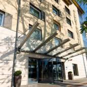 布達佩斯阿莎特尊貴酒店