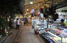 Dam Market-芽庄-人生若只如初见