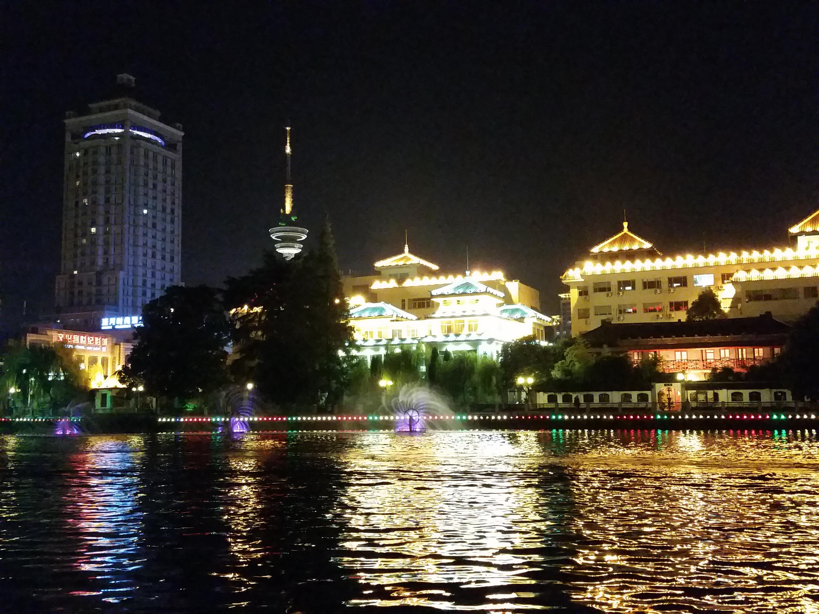 夜游南通濠河